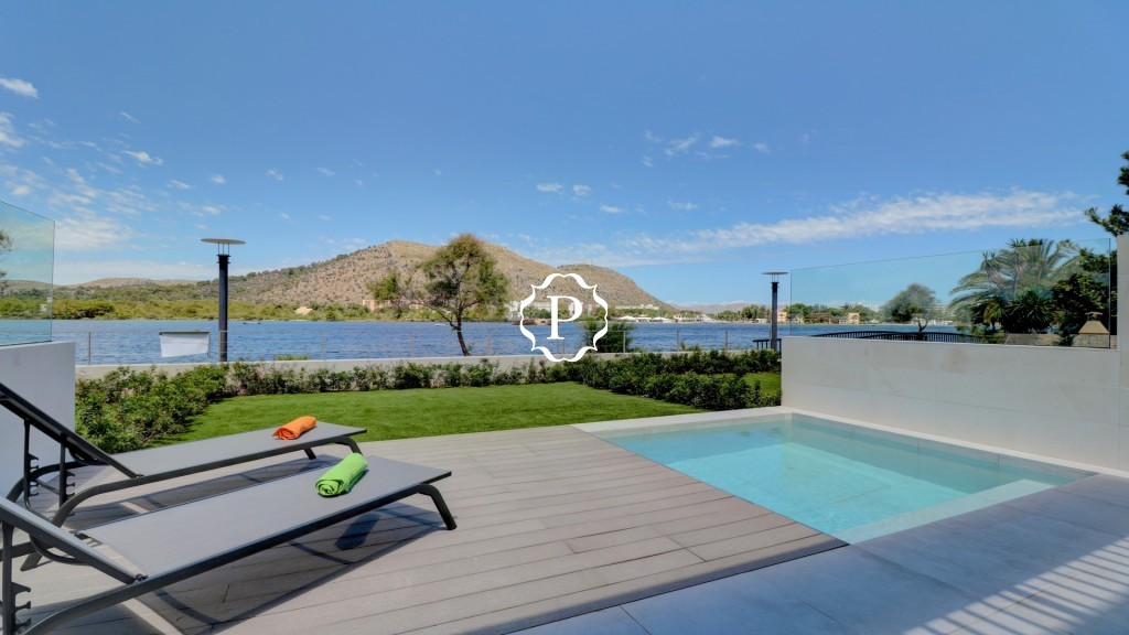 Apartment for sale in Alcudia  with private pool