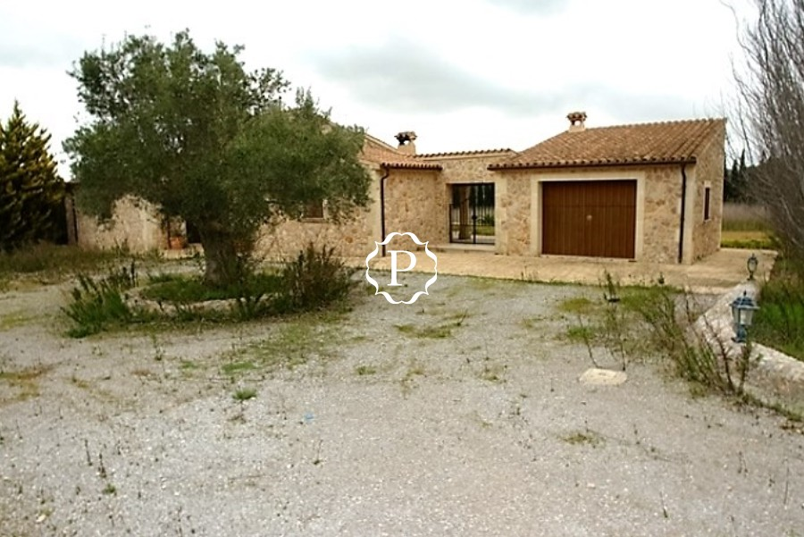 Country house for sale in Alcudia Majorca bank repossession
