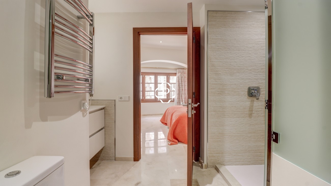 Bedroom 4 En - suite