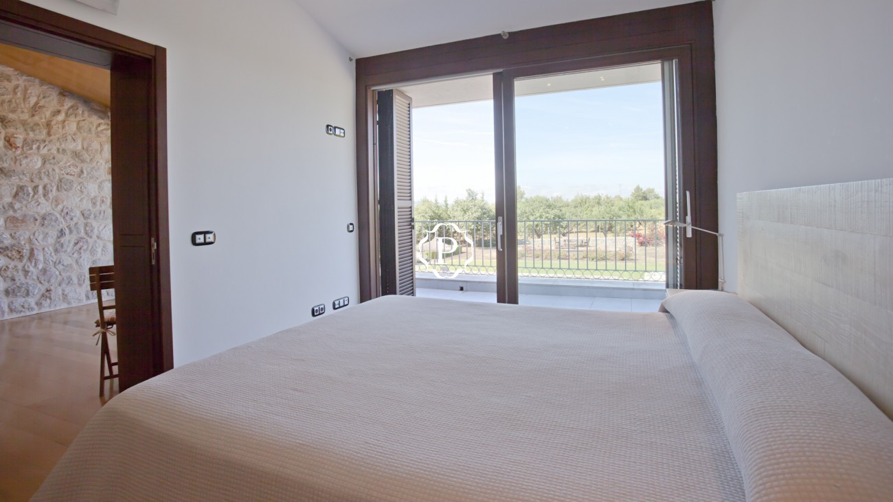 Property for sale in Mallorca villa in Lloseta