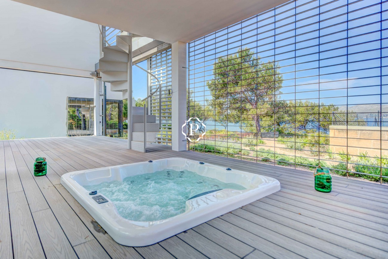 Property for sale in Mallorca, stunning villa in Alcudia