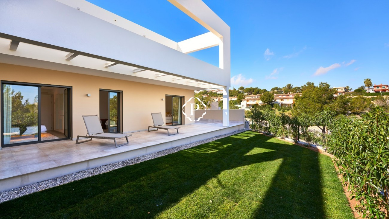 Property for sale in Mallorca, townhouses in Cala Vinyes (5)