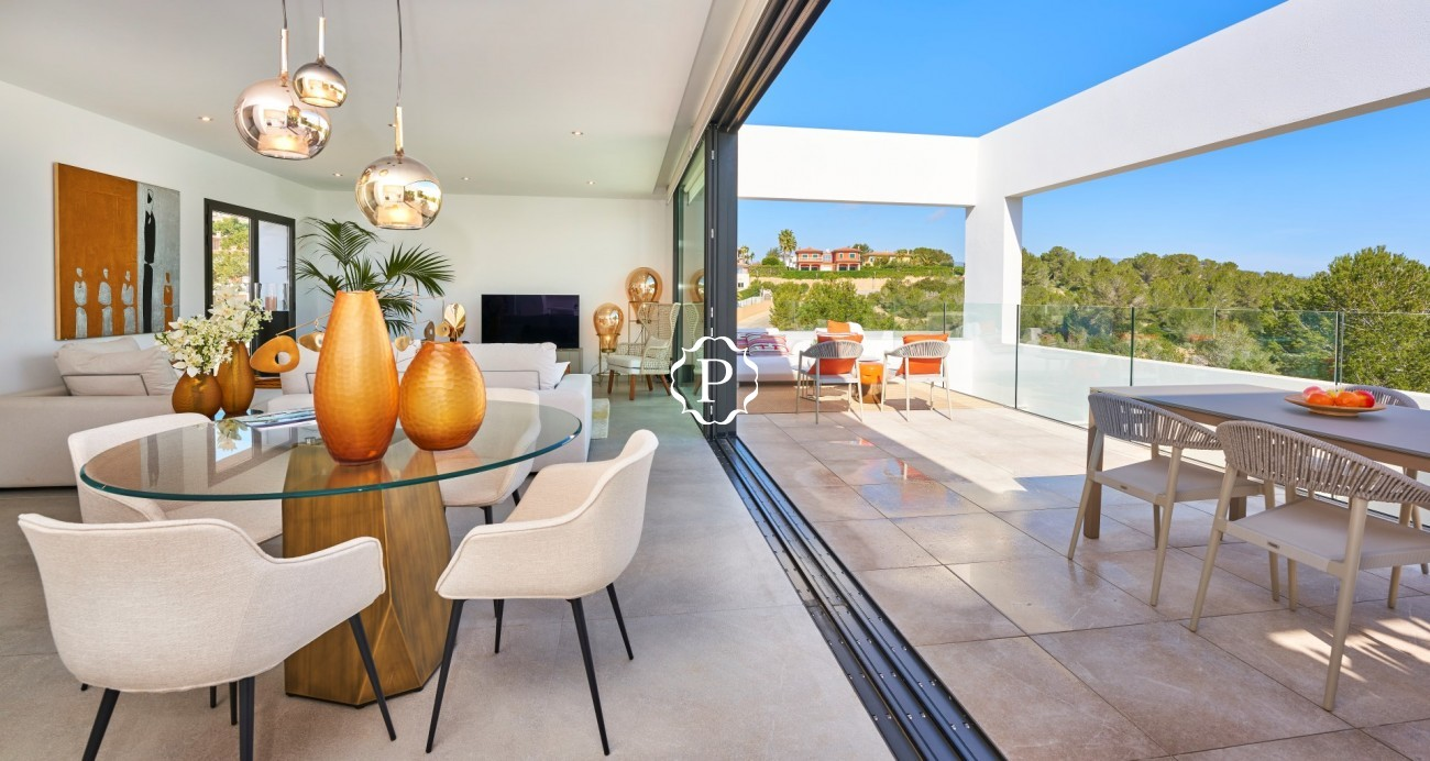 Property for sale in Mallorca, townhouses in Cala Vinyes (8)